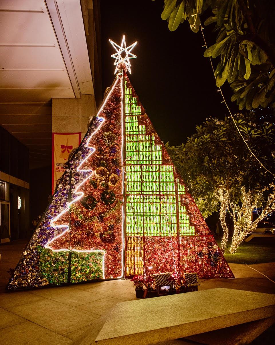 Christmas-Tree-@OPEDRO-BKC-Bombay-3